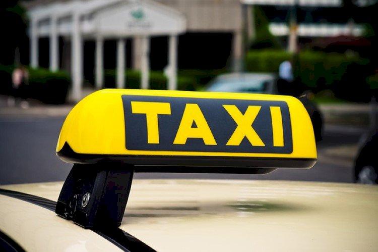 Liikennepalvelulain2018 - taksilain -seuranta 2020